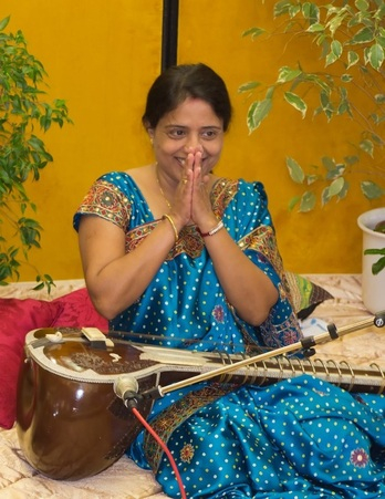 RESHMA HANDS PRAYER